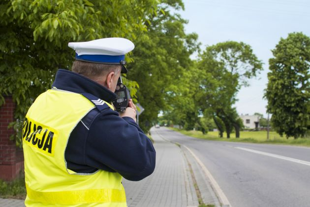 Patrol policyjny - pomiar prędkości